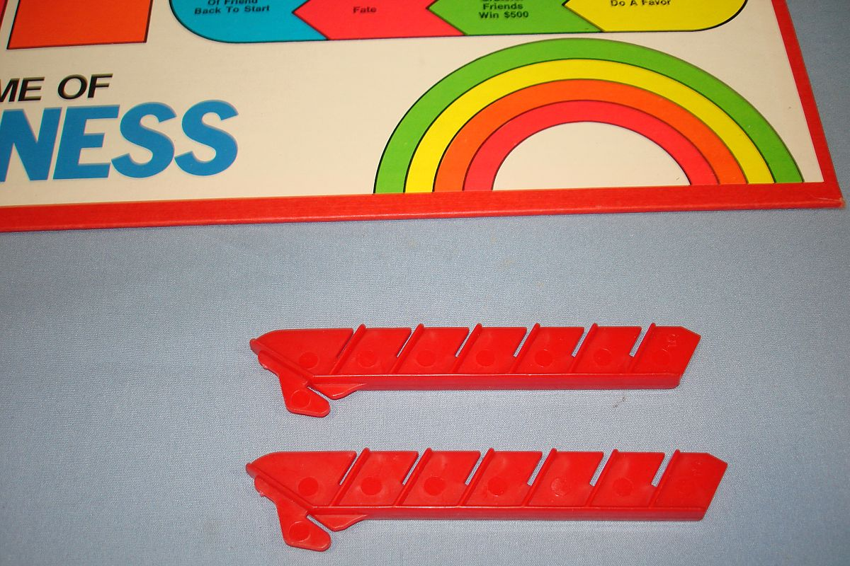 Vintage Milton Bradley MB 4200 The Game Of Happiness Rainbow Stand Red Ladders