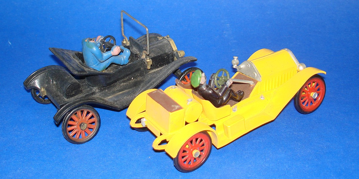 Vintage Highway Pioneers Gowland & Gowland Copyright Model T & Stutz Bearcat Drivers