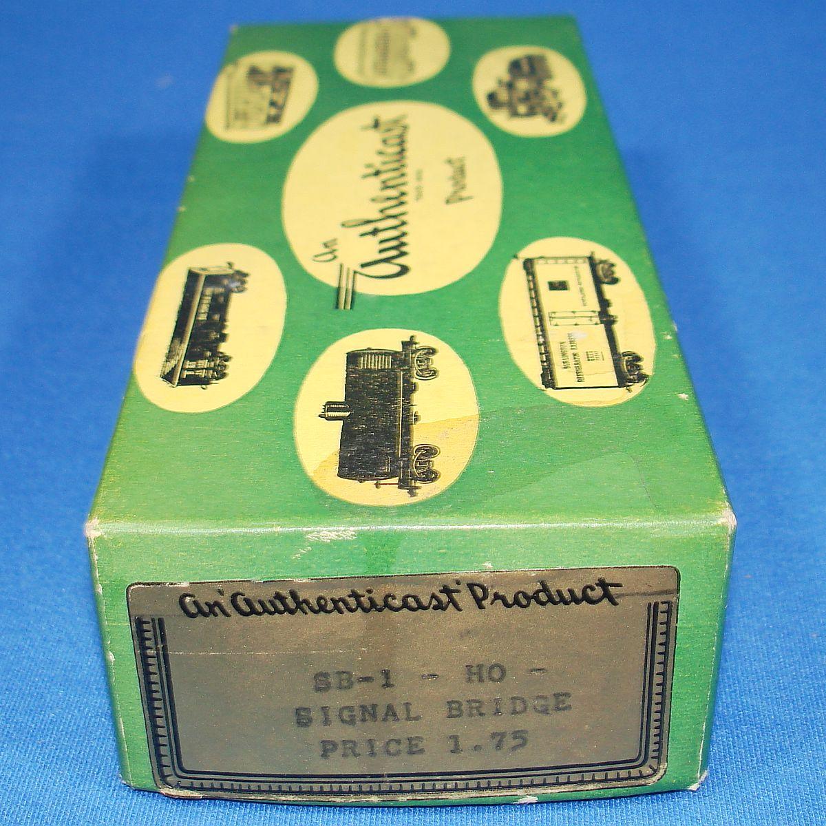 Vintage HO Gauge Comet Metal Products Authenticast Railroad Signal Bridge SB-1 Box