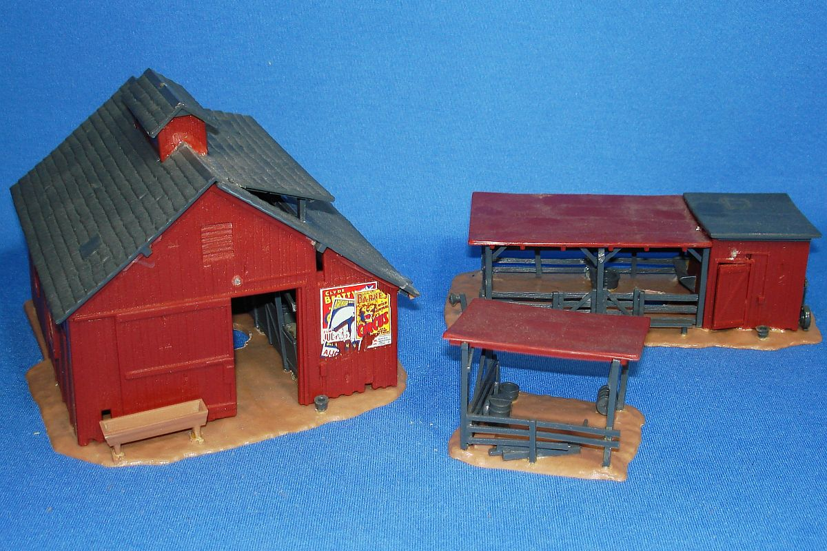 Toy Model Buildings : Vintage revell authentic scale buildings farm town