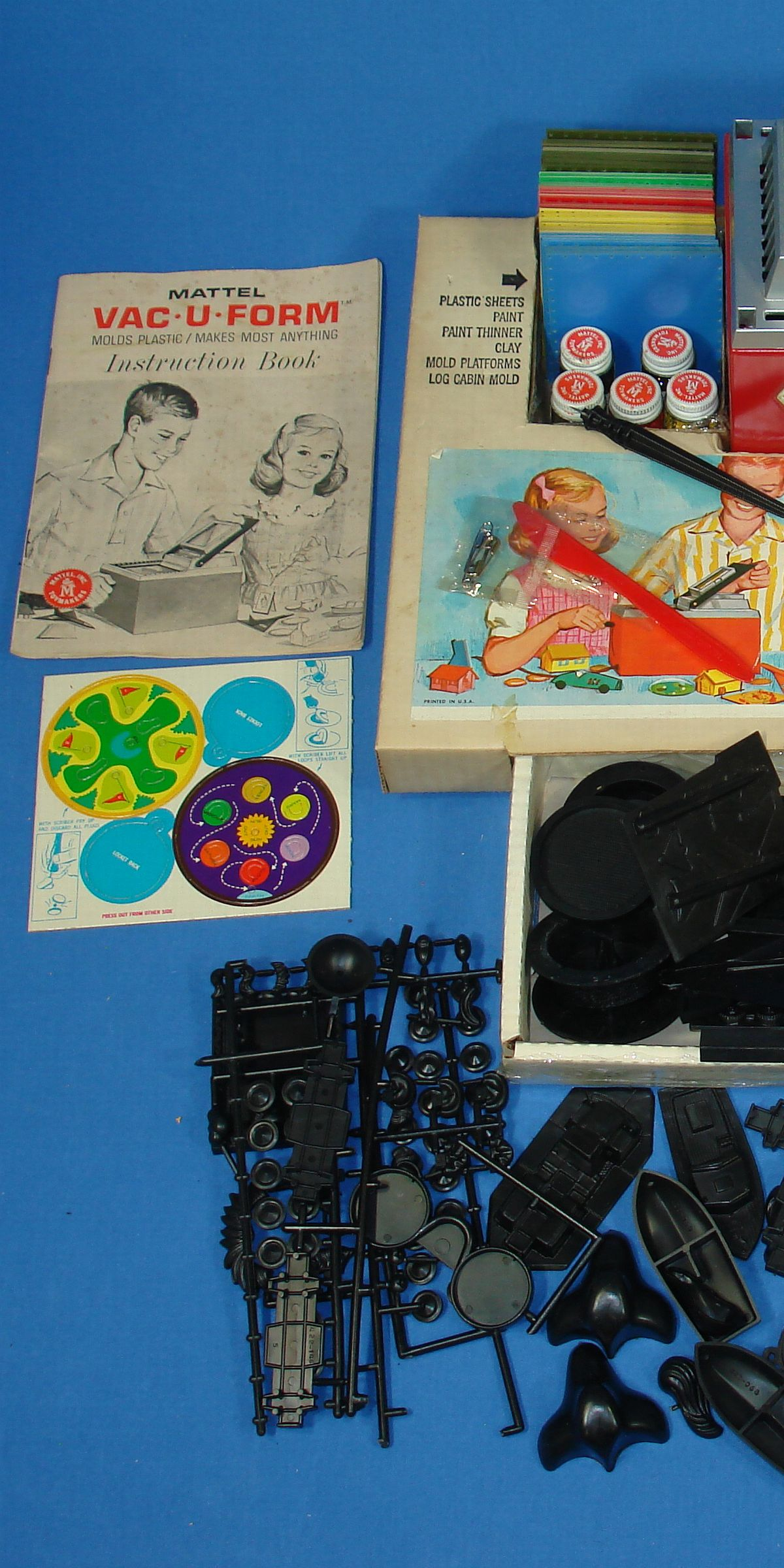 Vintage Mattel Vac-U-Form Toy Makers Mold Kit #422 Molds Plastic Makes Most Anything Box Contents