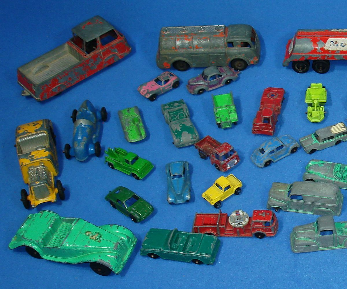 Vintage Tootsietoy Products 41 Unbreakable Die Cast Metal Cars Fire Trucks Semis Hoods Roofs Trunks