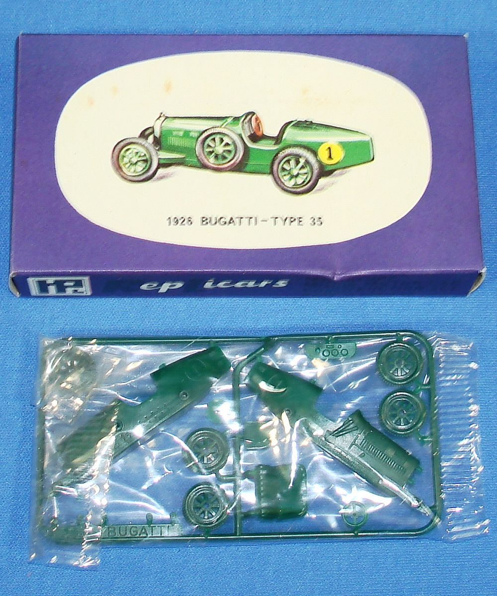 Harbutt`s Replicars Miniature Model Motor Car Construction Set Plastic Model Kit 1926 Bugatti Type 35