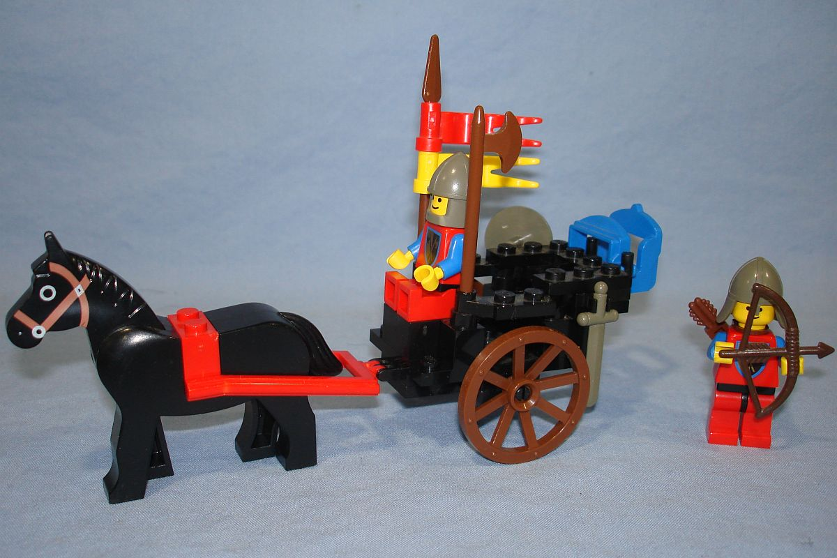 Legoland Lego Castle Lion Knights Horse Cart #6022 42 Pieces 2 Minifigs