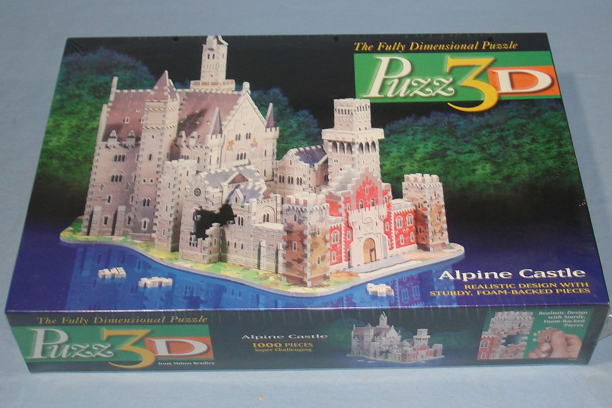 Milton Bradley MB Puzz3D Alpine Castle 1000 Foam Backed Pieces #4436 Factory Sealed