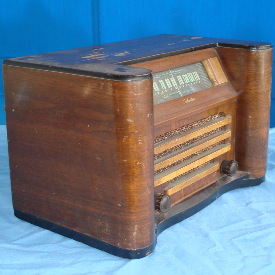 Vintage Vintage Sears Roebuck Silvertone Wood Cabinet Tube Table Radio