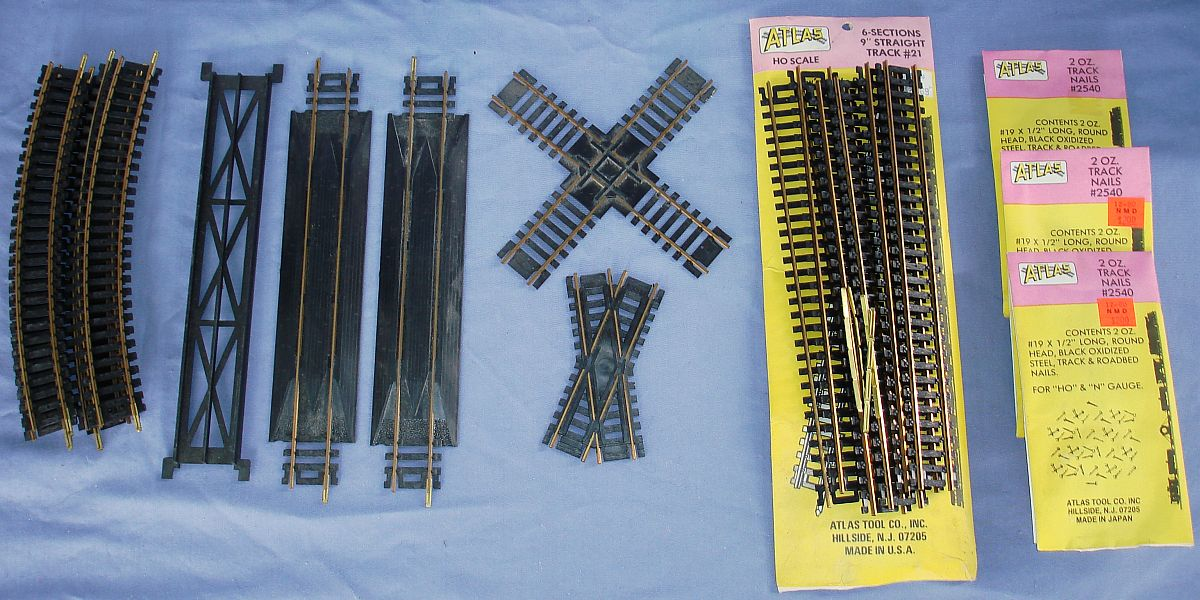 Atlas HO Model Railroading Train Track Brass Rerailers Degree Crossings Lot