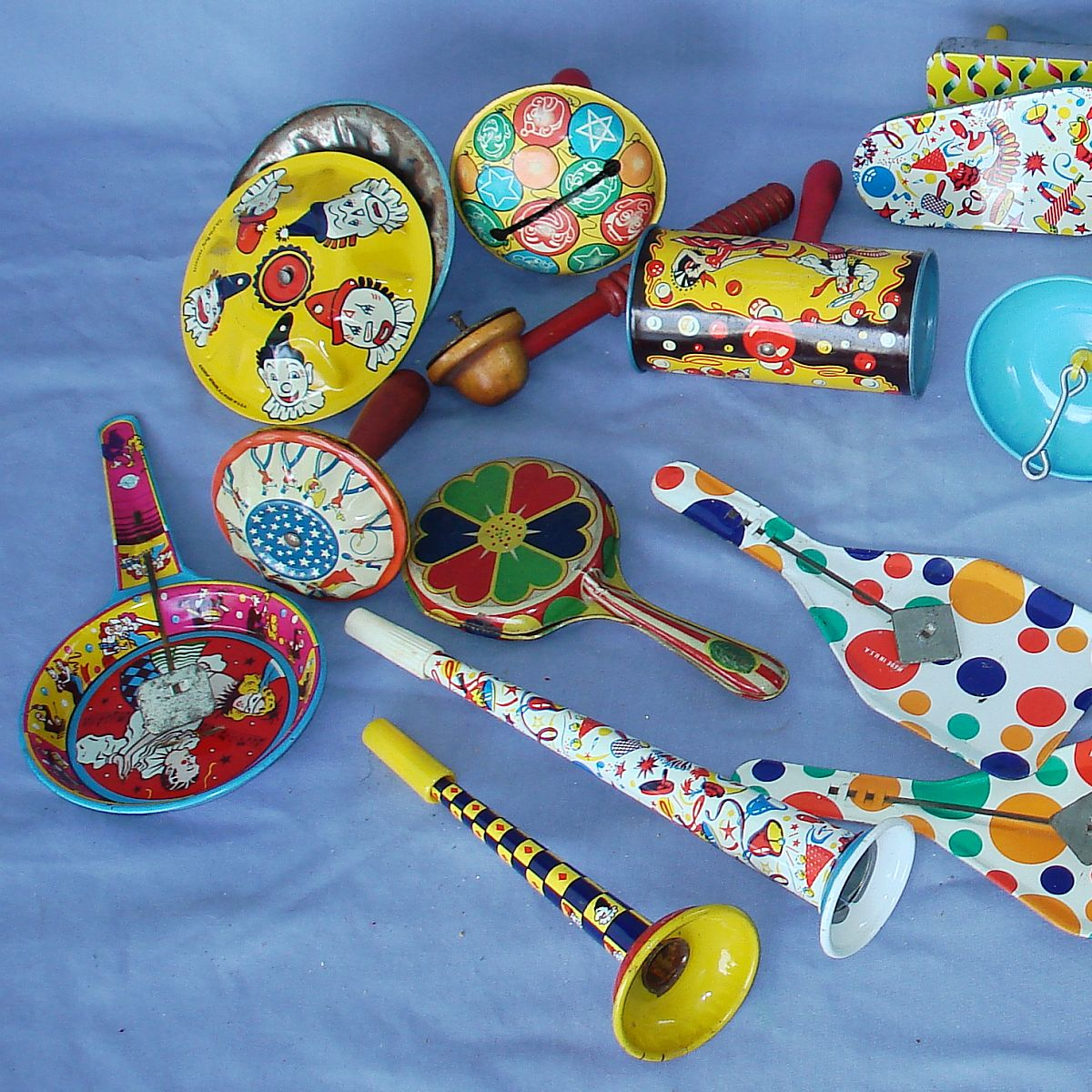 Vintage New Years Eve Tin Litho Noisemakers Lot Barrels Clappers Spinners Clangers Cymbals