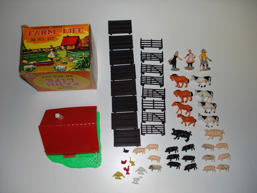 Farm Life Play 38 Piece Set Contents