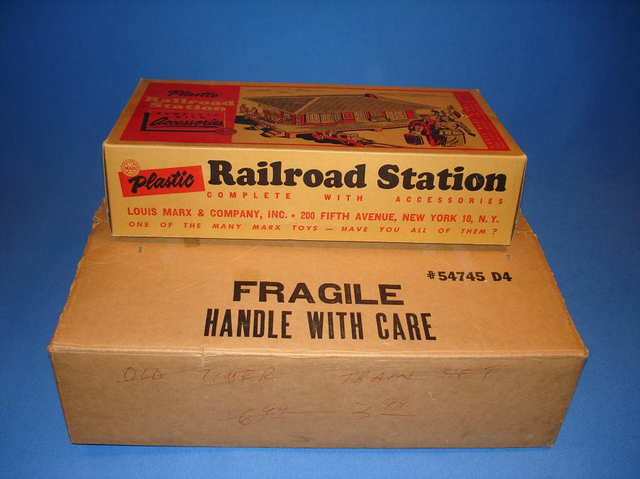 Louis Marx Electric Train Set 54745 Box Plastic Railroad Station