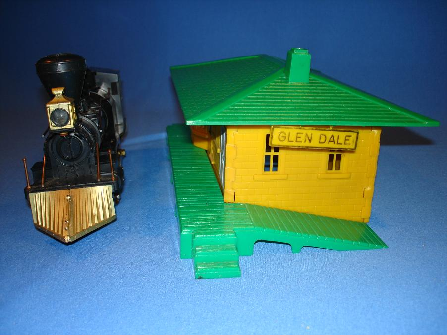 Louis Marx Electric Train Set 54745 Vintage Steam Engine Loco Plastic Glendale Passenger Station