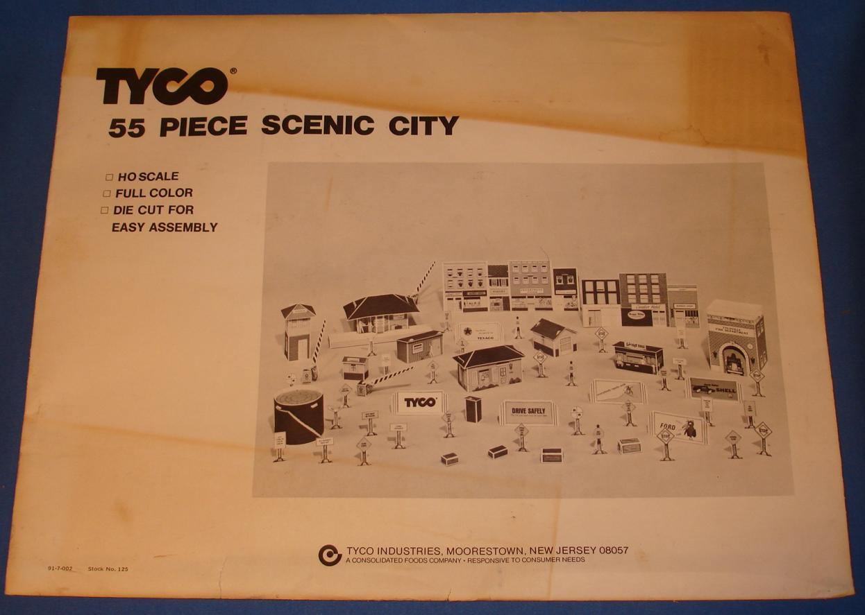 Tyco HO Scale Train Scenery