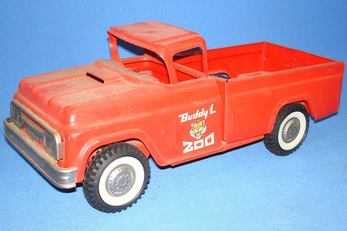 Buddy L Toys Pressed Steel Red Pickup Truck Traveling Zoo Driver Door