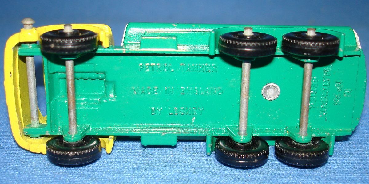 Vintage Matchbox Lesney 25 Bedford Petrol Tanker Truck Axles Tires