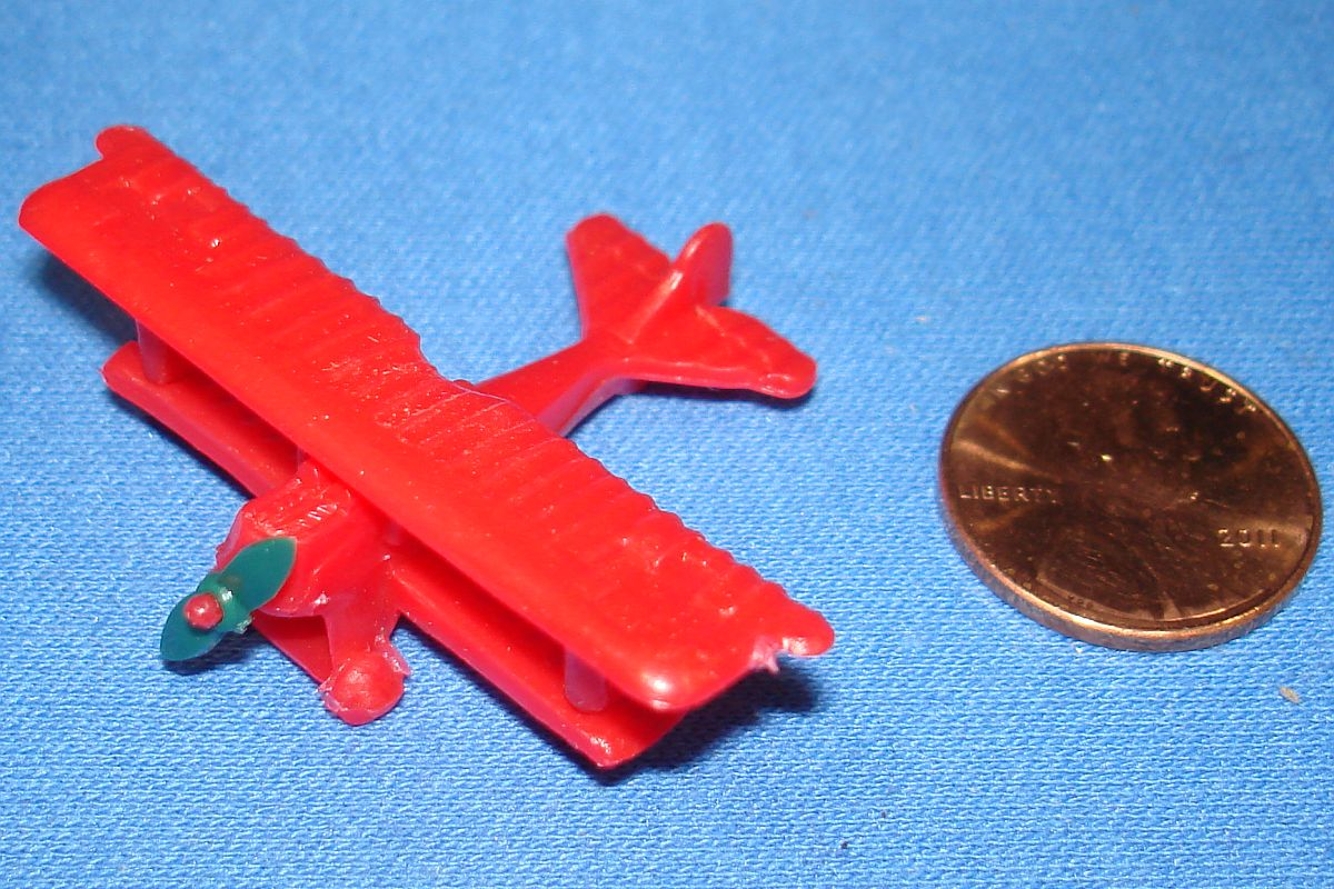 Milton Bradley MB #4032 German Heritage Dogfight German Fokker DVII Plane