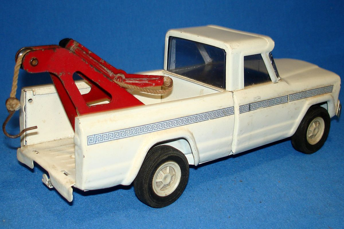Tonka Toys Pressed Steel Red Pickup Truck Bed Hook Boom