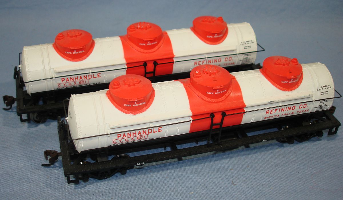 Bachmann Silver Series 40 Foot 3-Dome Tank Car Panhandle Refining Co. #6011