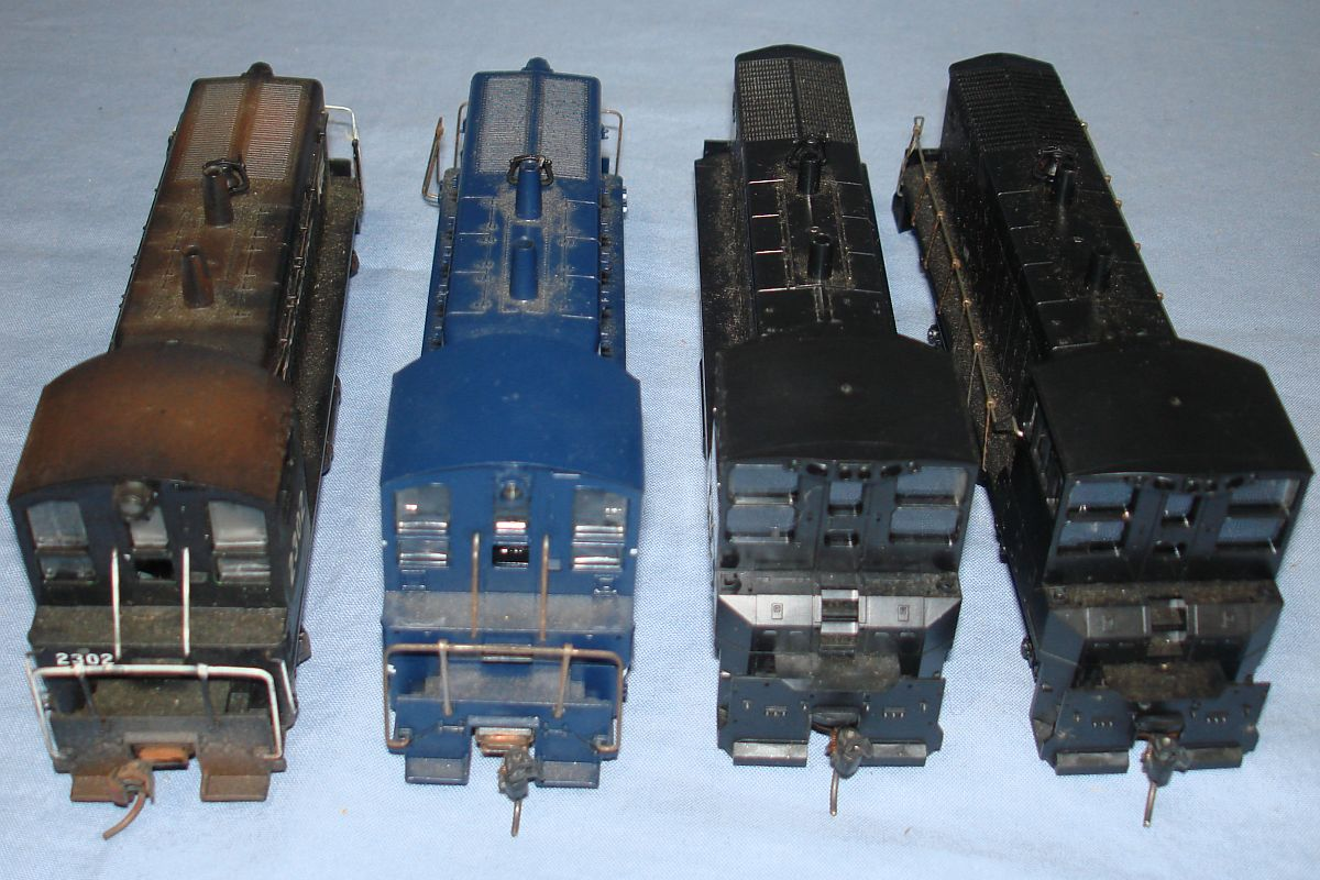 HO Gauge Model Railroading Train Diesel Switchers & Dummy Cabs