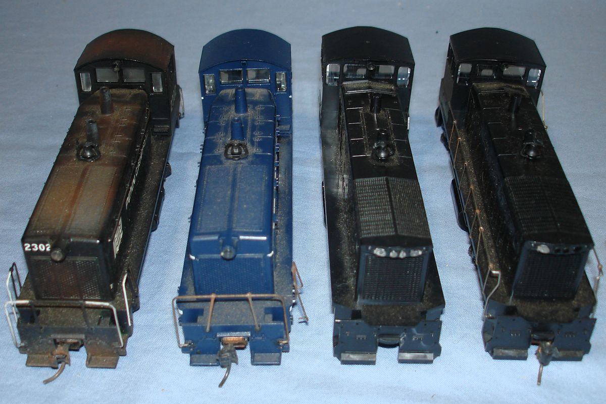 HO Gauge Model Railroading Train Diesel Switchers & Dummy Rails