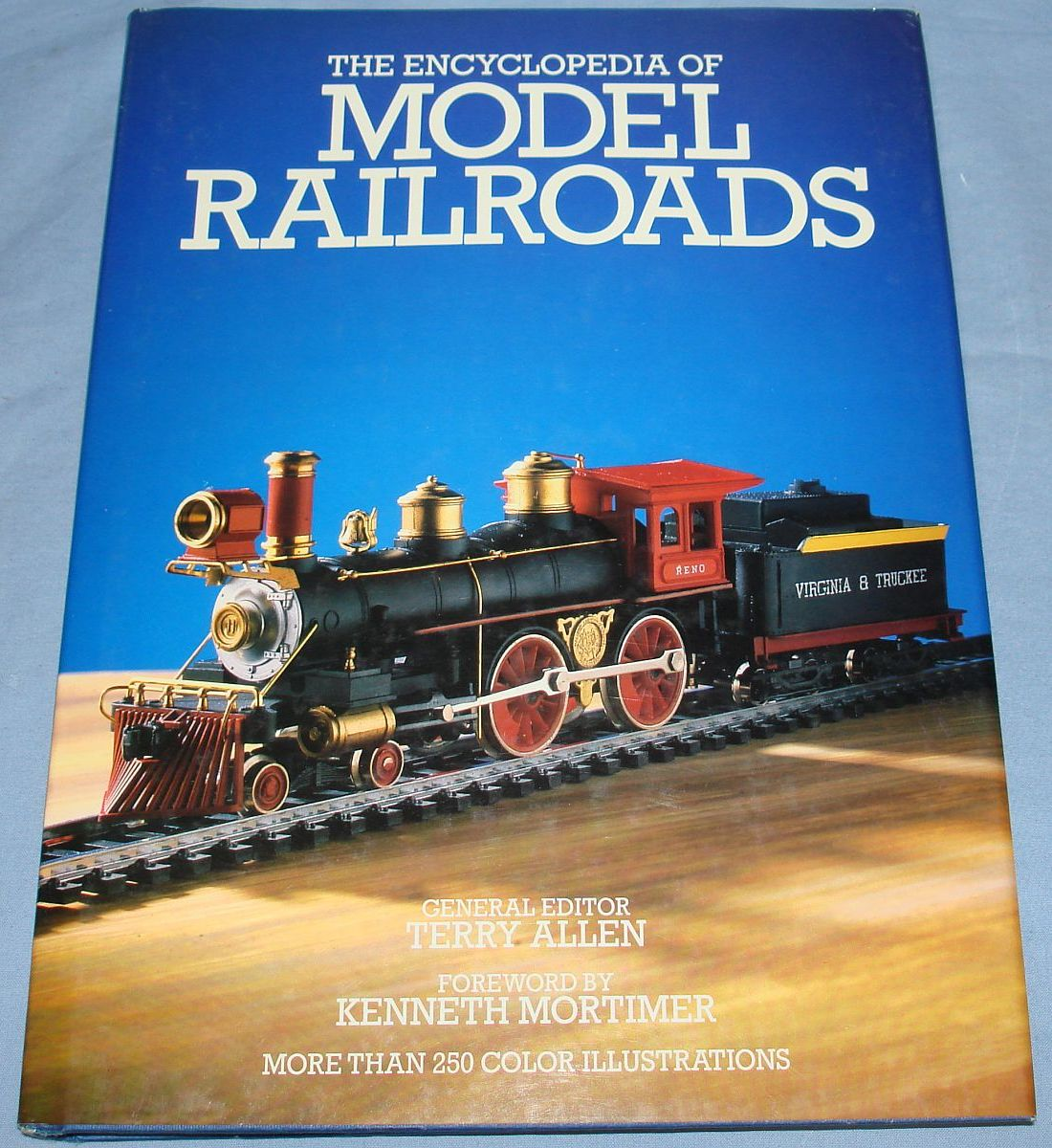 Vintage The Encyclopedia Of Model Railroads Terry Allen 1987 224 Pages