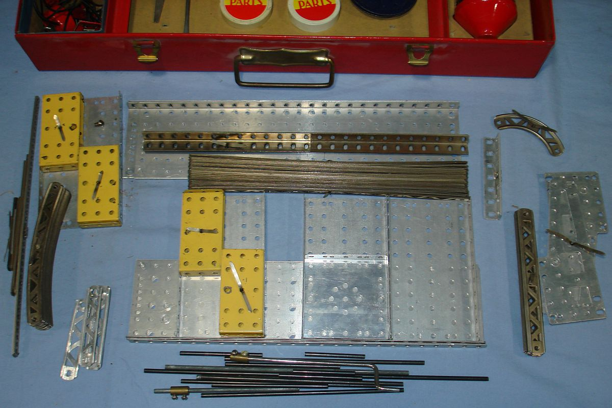 Vintage Electric Erector Set 8 1/2 Builds Giant Ferris Wheel Plates Girders