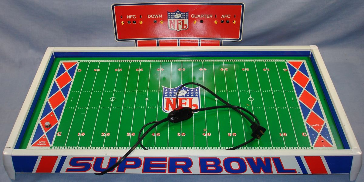 Vintage 1980s Tudor NFL Electric Football Game Board Playing Field