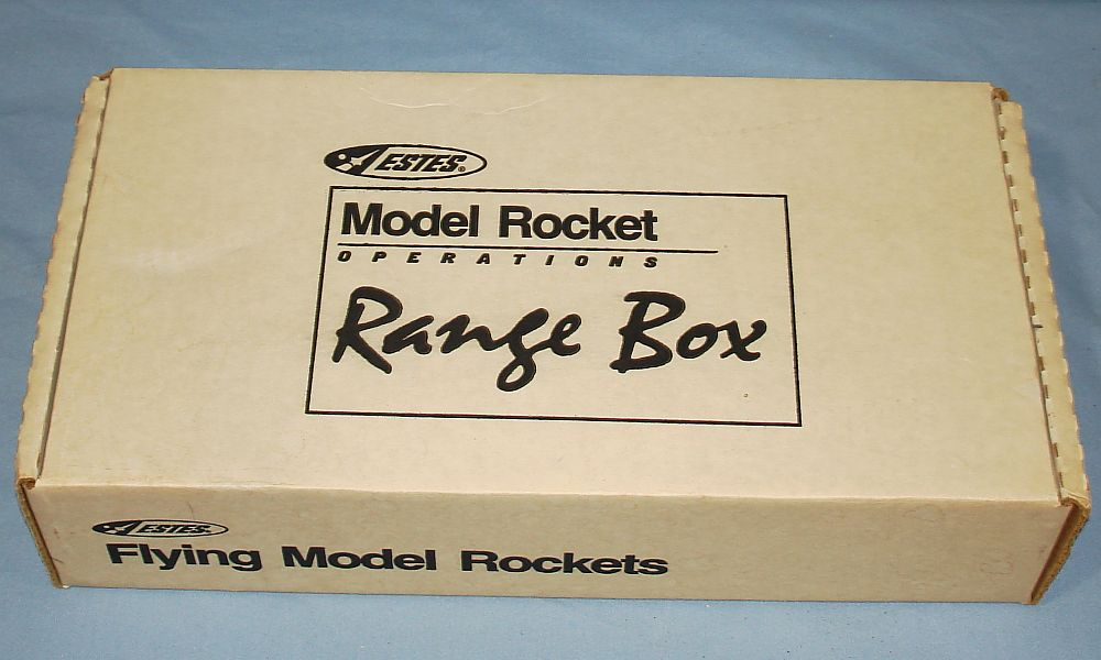 Estes Industries Alpha III Flying Model Rocket Starter Set EST1406 Range Box