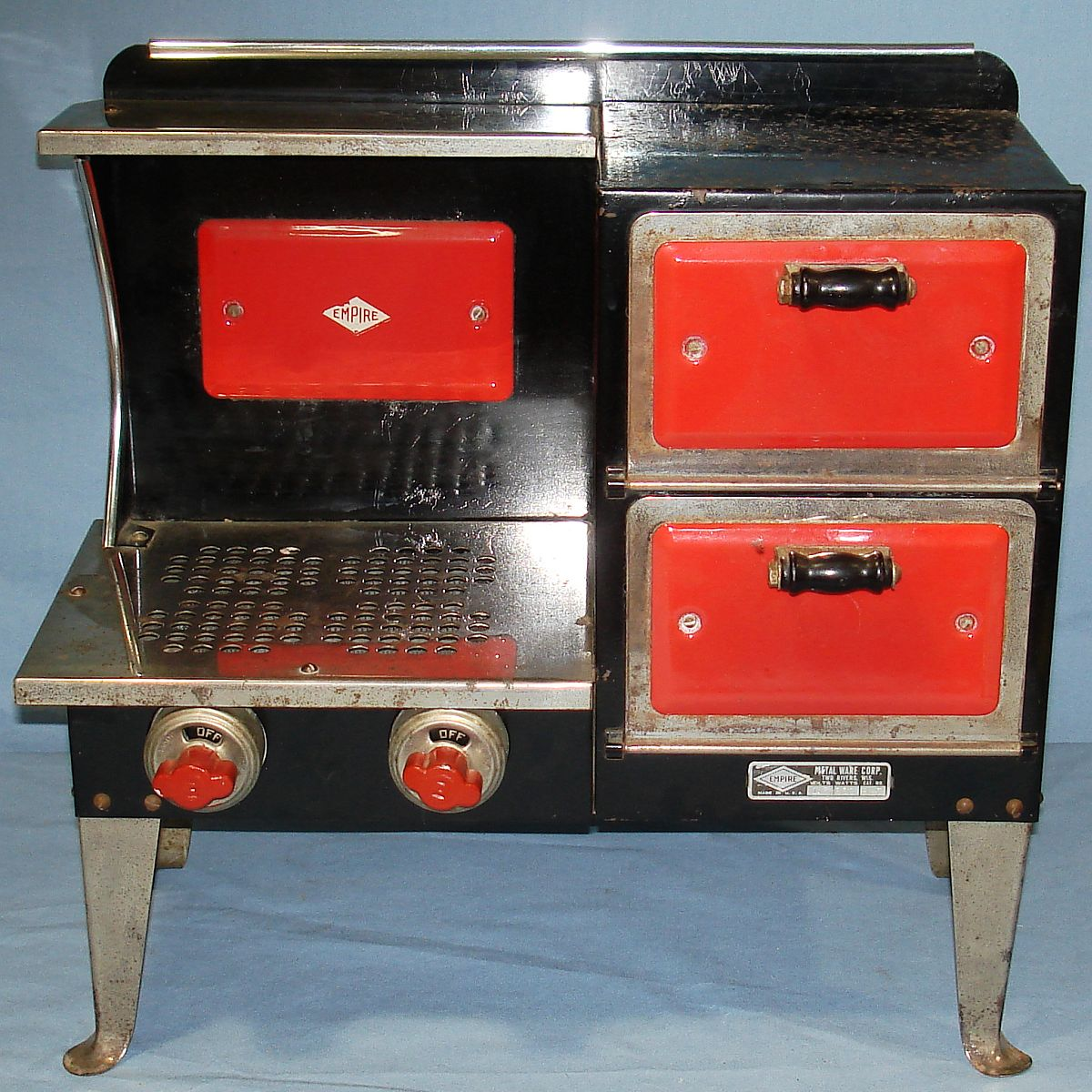 Vintage Metal Ware Corporation Empire Toy Electric Stove B27
