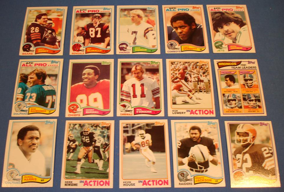 Topps 1982 Football Cards