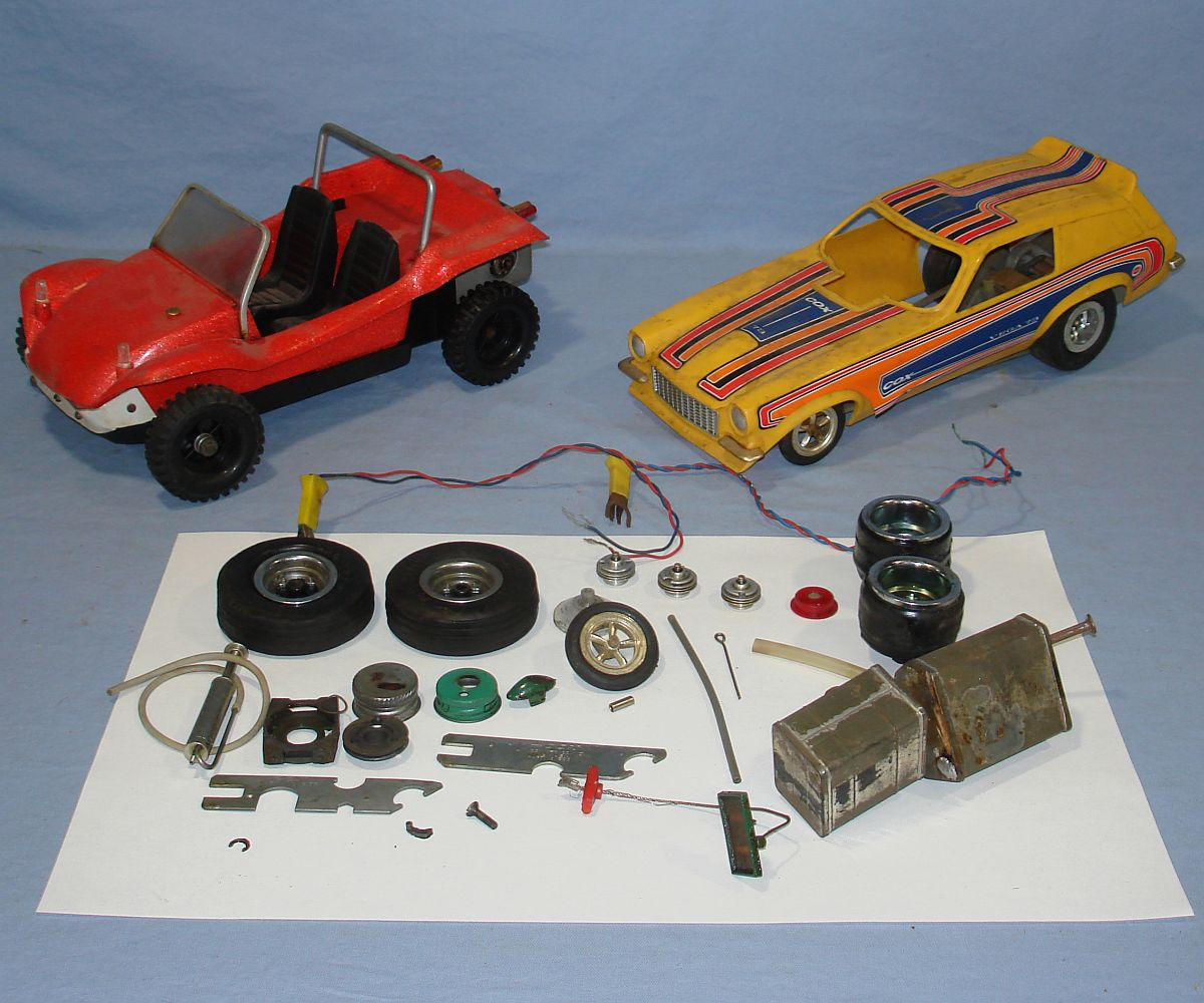 Vintage Cox Gas Powered 1973 Chevrolet Vega Funny Car & 1974 Volkswagen Dune Buggy