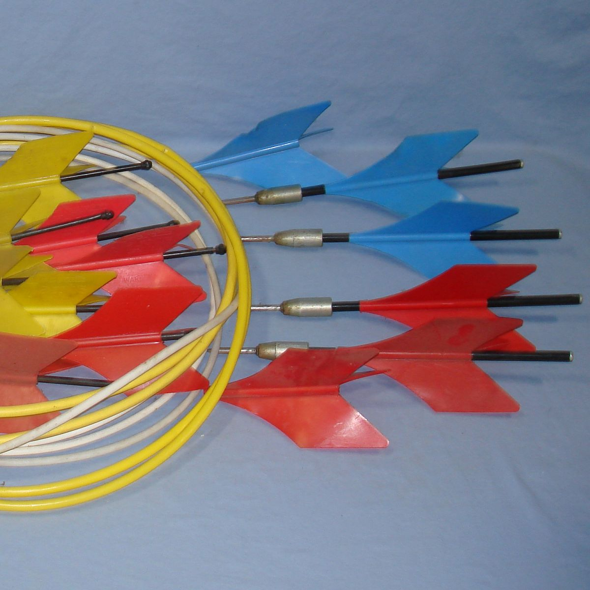Vintage Lawn Jarts Yellow Blue Red Plastic Flights Metal Tips Target Rings Right