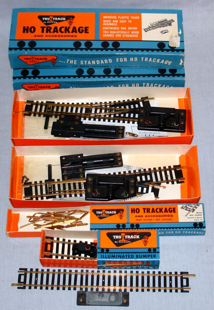 True-Scale Tru Track HO Trackage & Accessories Illuminated Bumper Brass Rail Joiners Remote Switches