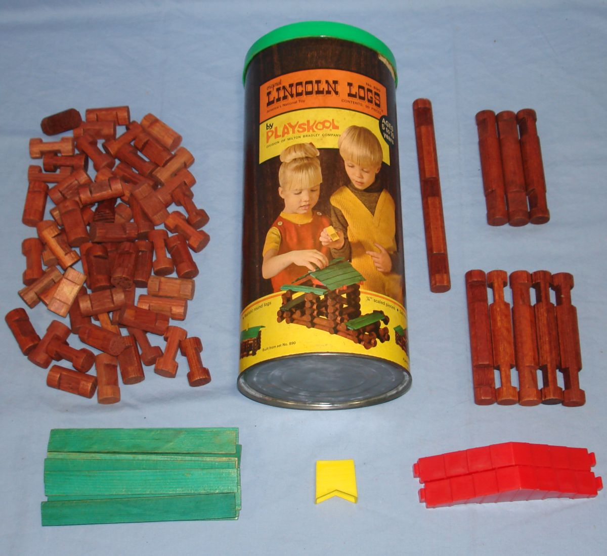 Playskool Lincoln Logs Canister Set 890 Red Plastic