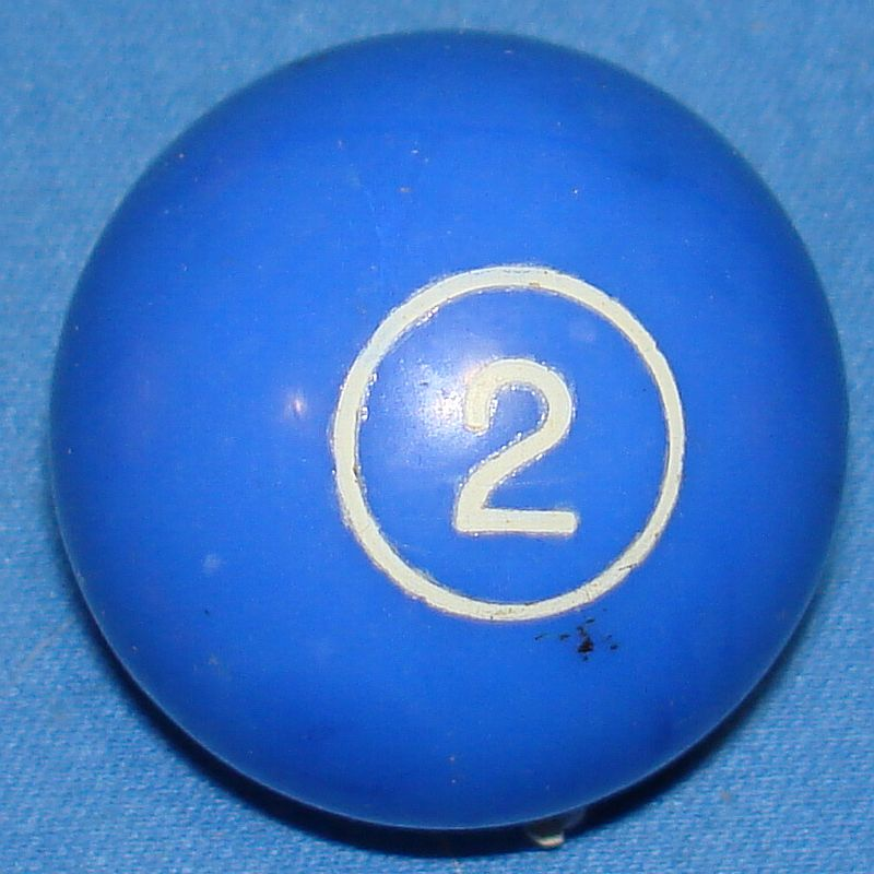 Vintage Aurora Plastics Corporation Skittle Pool Game #5511 Blue Two 2 Ball