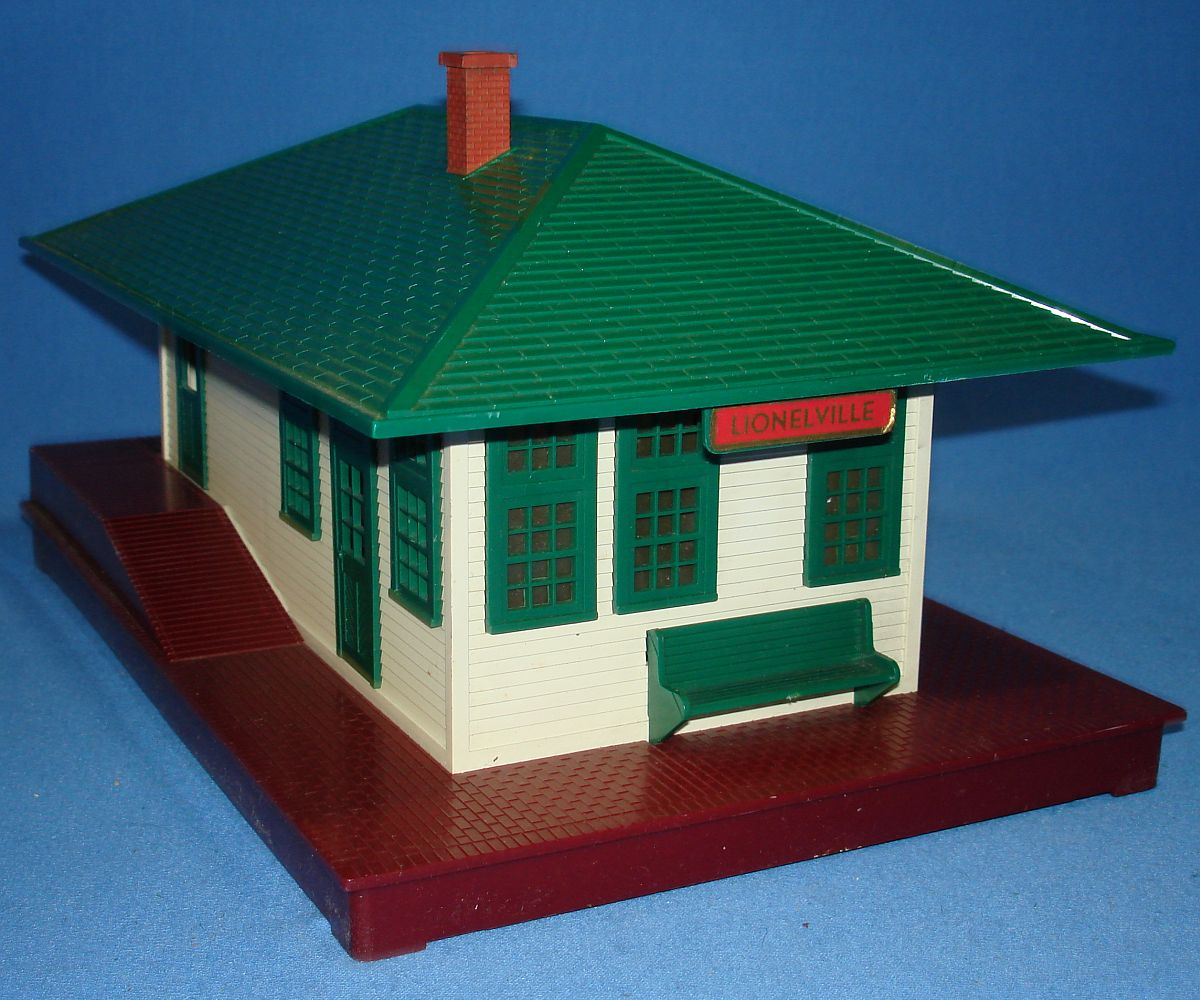 Vintage Lionel Corporation White Green Brown Lionelville Illuminated Train Station #132 Bench