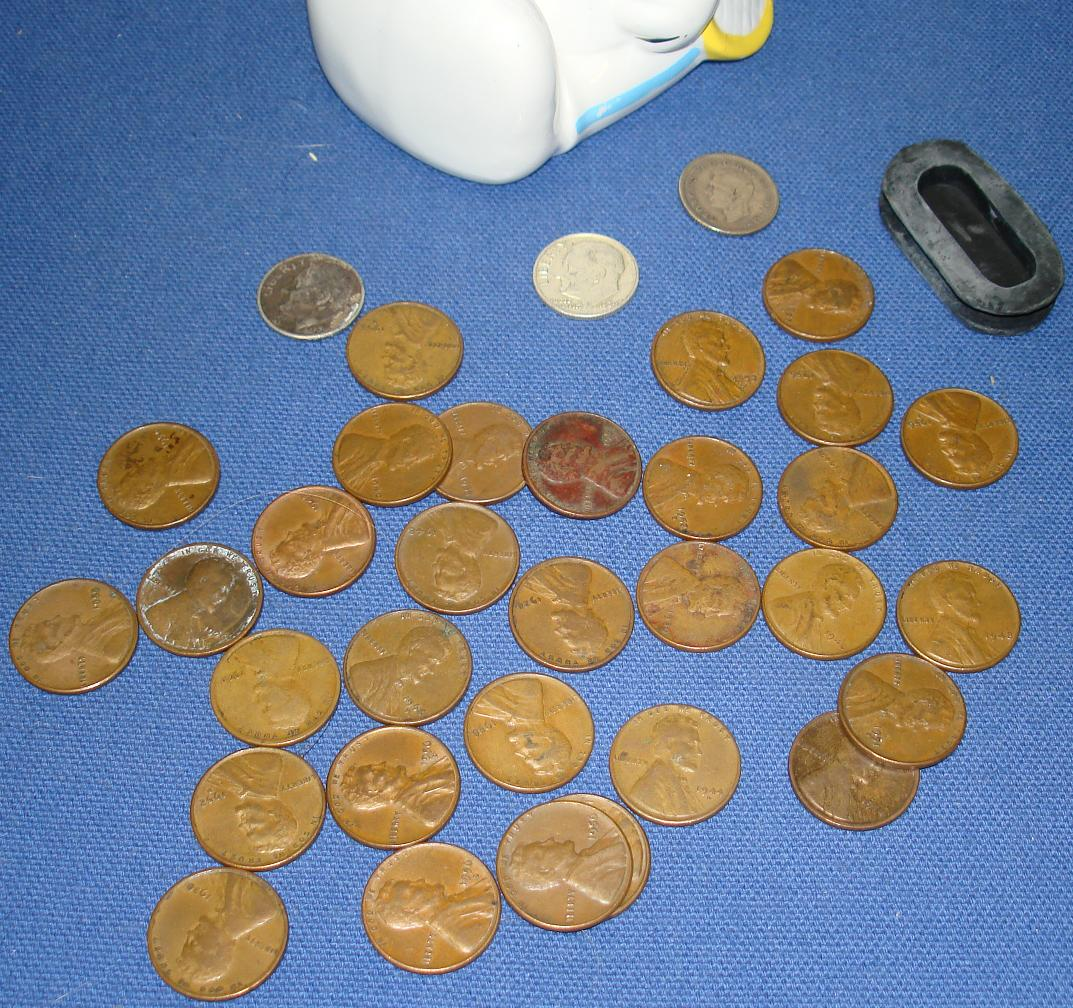 Charles Schultz Peanuts Snoopy Ceramic Banks Silver Dimes Wheat Back Pennies