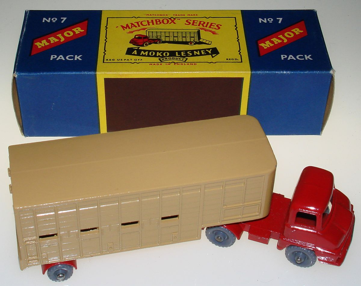Vintage Matchbox Moko Lesney Grey Wheel Jennings Cattle Truck M7 Box
