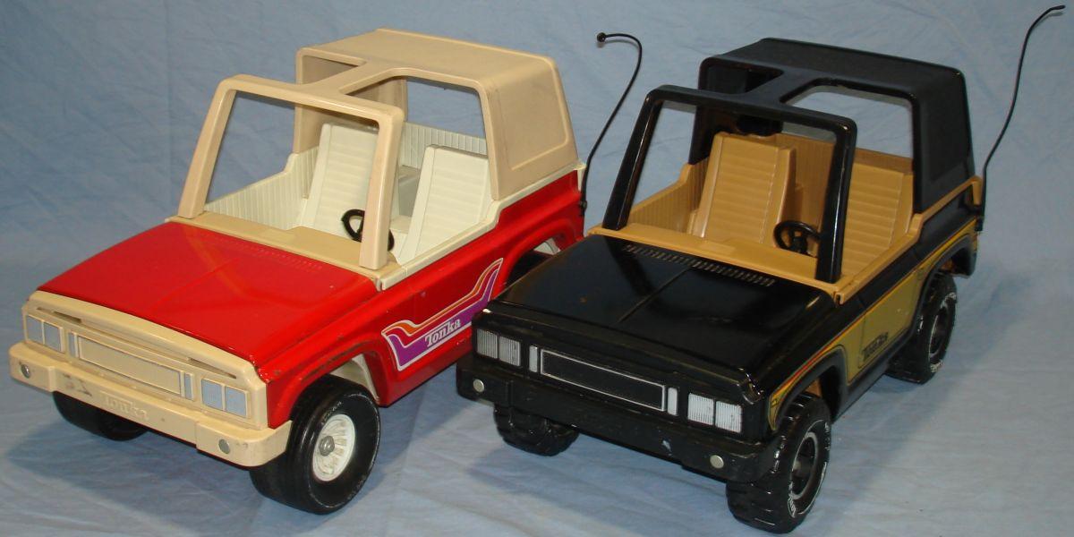 Vintage 1970s Pressed Steel Tonka Jeeps Red & Black Hoods Roofs