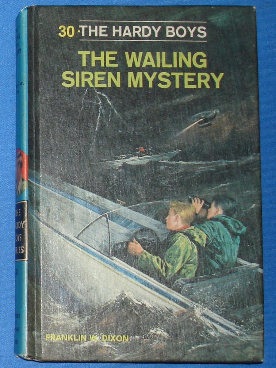 Vintage The Hardy Boys Series The Wailing Siren Mystery Franklin W Dixon #8930 Grosset & Dunlap