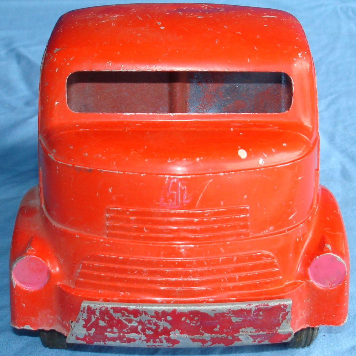 Vintage Smitty Toys Red Mobil Oil Smith Miller Pressed Steel Gasoline Tanker Truck Grille