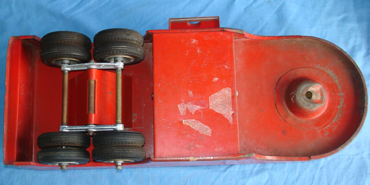 Vintage Smitty Toys Red Mobil Oil Smith Miller Pressed Steel Gasoline Tanker Truck Tank Frame