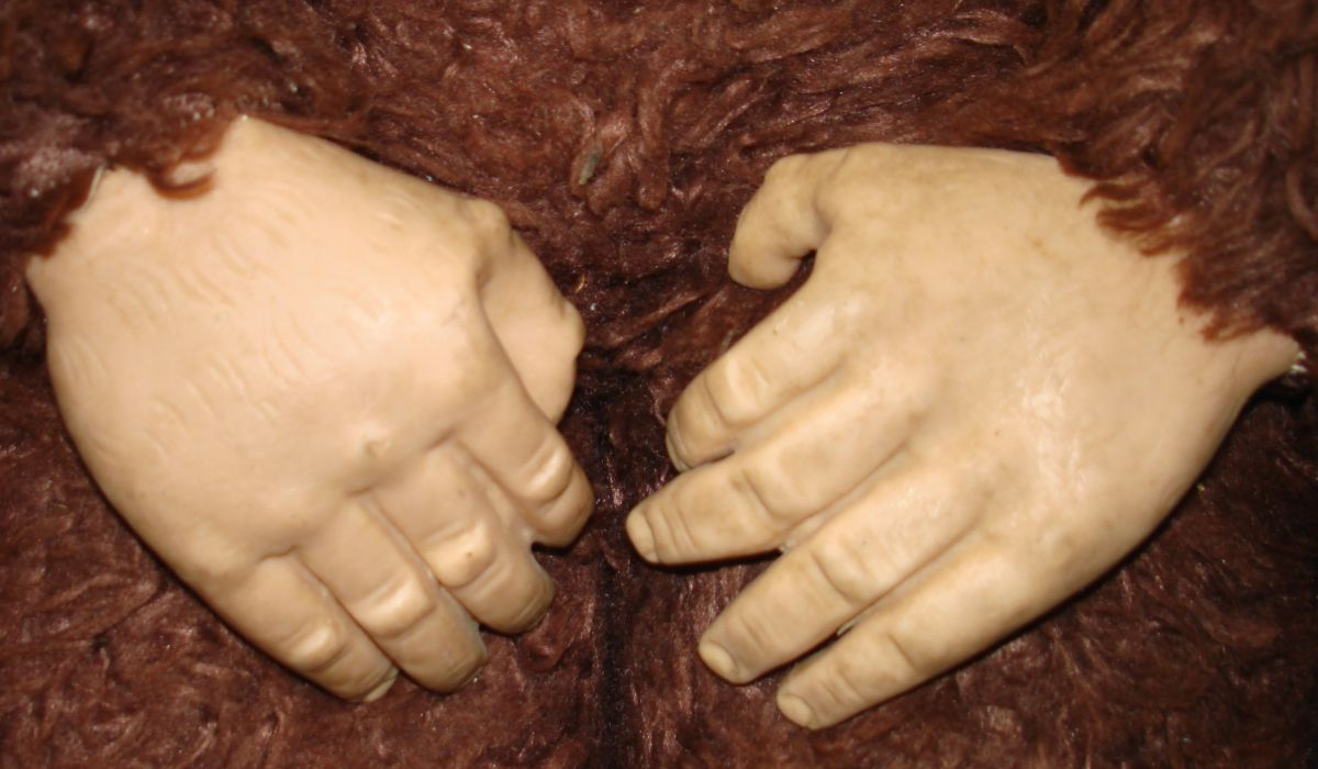 Rubber Vinyl Face Hands Feet Monkey Brown Plush Body Fingers Closeup
